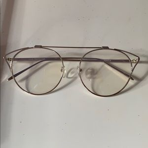 Fashion glasses worn once